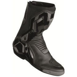 Course D1 Out Boots Black